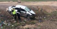 Otomobil şarampole yuvarlandı: 1 ölü, 4 ağır yaralı