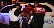 Polis aranan 33 kişiyi yakaladı