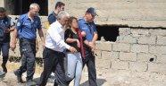 Genç kadını itfaiye amiri kurtardı