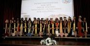 Ebelik Bölümü'nde mezuniyet sevinci