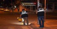 Taksiye bıçakla saldırdılar: 3 yaralı