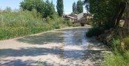 Tohma çayında çamur akıyor