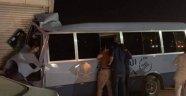 Suudi Arabistan'da hostesleri taşıyan minibüs kaza yaptı: 1 ölü 11 yaralı