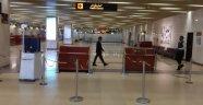 Pakistan'dan Çin'den gelen yolculara virüs taraması