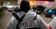 Almanya'daki Türkler endişeli