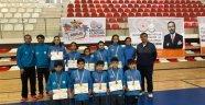 Badmintonda Malatya takımları derece elde etti
