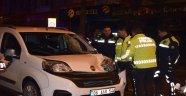 Hafif ticari aracın çarptığı genç öldü