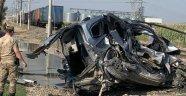 Malatya seferini yapan trenin çarptığı araç sürücüsü öldü