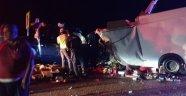 Antalya-Konya yolunda feci kaza: 2 ölü 4 yaralı