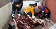 Çatıdan düşen şahıs AFAD'ın operasyonu ile kurtarıldı