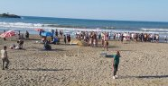 Denizde can pazarı: 9 kişi boğulma tehlikesi geçirdi 1'inin durumu ağır