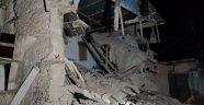 Deprem  5 eve hasar verdi