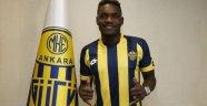 E. Yeni Malatyaspor golcü sorununu Bifouma ile çözmek istiyor