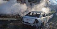 Elazığ'da yangın evi ve otomobili kül etti