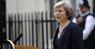 """İngiltere Başbakanı May: """"AB, Brexit'e saygı göstermeli"""""""