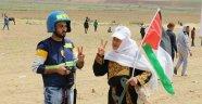 İsrail askerleri Gazze'de bir gazeteciyi öldürdü