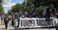 Kosova'da ırkçılığa karşı protesto