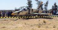 Libya savaş uçağı Tunus'a zorunlu iniş yaptı