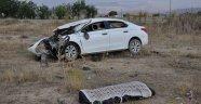 Otomobil sürücüsü feci kazada hayatını kaybetti