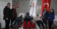 Öykü Arin Yazıcı için kan bağışı kampanyasına Malatya'da katıldı