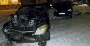 Rusya'da buzlu yolda hız yapan araç sürücüsü belediye başkanına çarptı