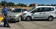 Samsun'da kavşakta iki otomobil çarpıştı: 5 yaralı