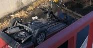 Sürücüsü kalp krizi geçiren araç kanala uçtu