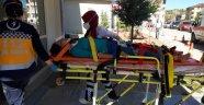 Traktör şarampole uçtu baba kız ölümden döndü