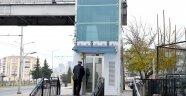 Üstgeçitlerde engelliler için asansörler yapılıyor