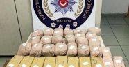 Uyuşturucu ticaretine 4 tutukla
