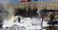 Yangında maddi hasar oluştu