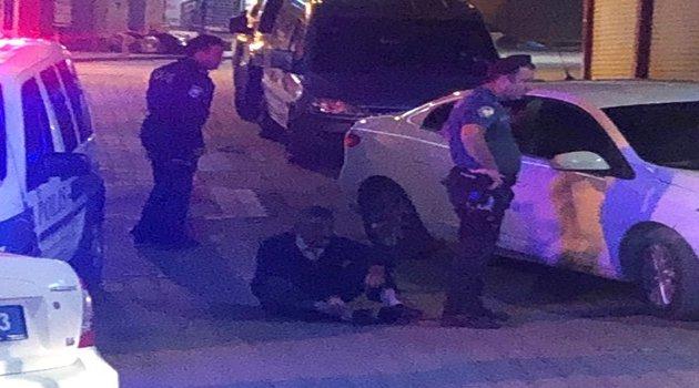 Tacizciyi linçten polis kurtardı!