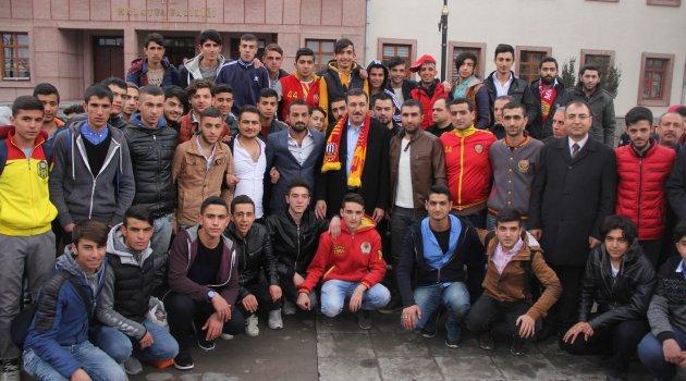 Tüfenkci: Evkur Yeni Malatyaspor'a bir otobüs hediye etti