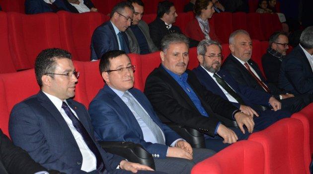 """""""Türkiye bizden uzak olsa da vatanımızdır"""""""