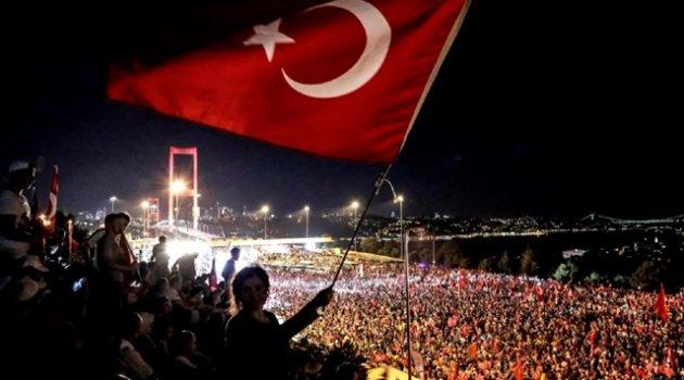 """Türkiye'de """"Darbeler Yerel Basın ve 15 Temmuz"""" paneli düzenlenecek"""