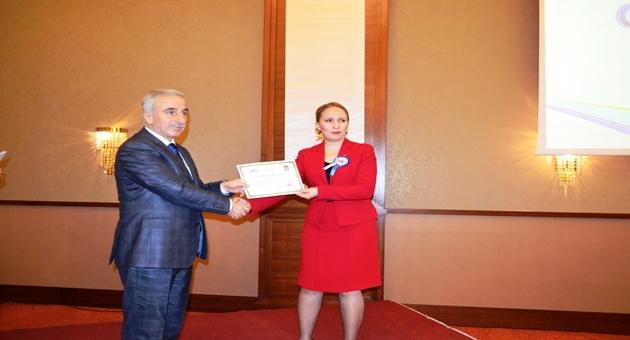 Başarılı personellere belgeleri verildi