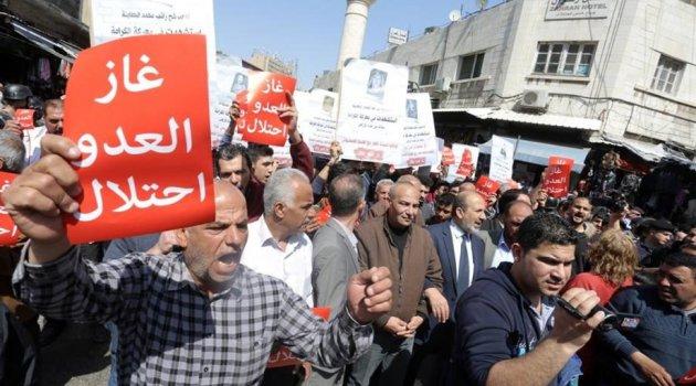 Ürdünlüler İsrail'le doğalgaz anlaşmasını protesto etti