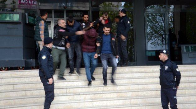 Uyuşturucu ticaretine 11 tutuklama