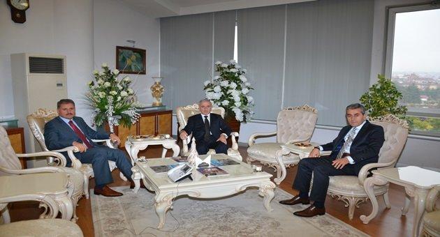 Vali Kamçı'dan,Başkan Çakır'a ziyaret