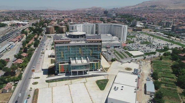 Yeni hastane 28 Ekim'de hizmette