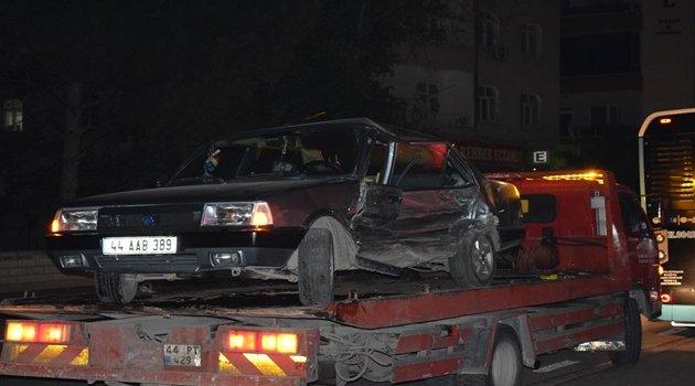 Zincirleme kaza 3'ü çocuk 7 yaralı