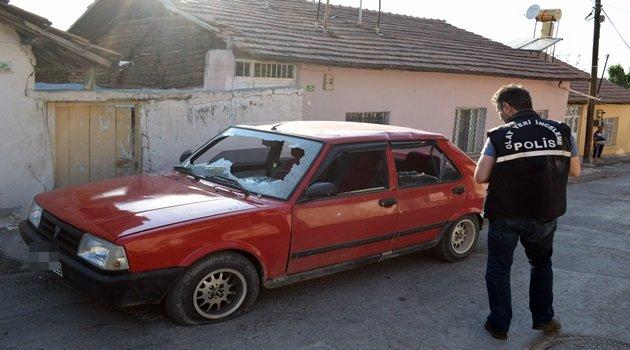 Malatya'da emanet araca satırlı saldırı