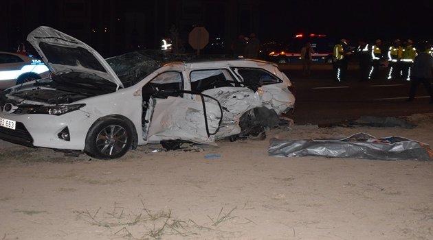 Havaalanı yolunda kaza 2 ölü 16 yaralı