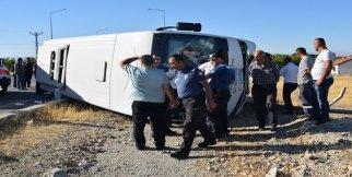 Halk otobüsü devrildi: 25 yaralı