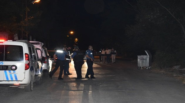 Malatya'da türbeye ziyareti yapanların üzerine tüfekle ateş açıldı: 2 yaralı